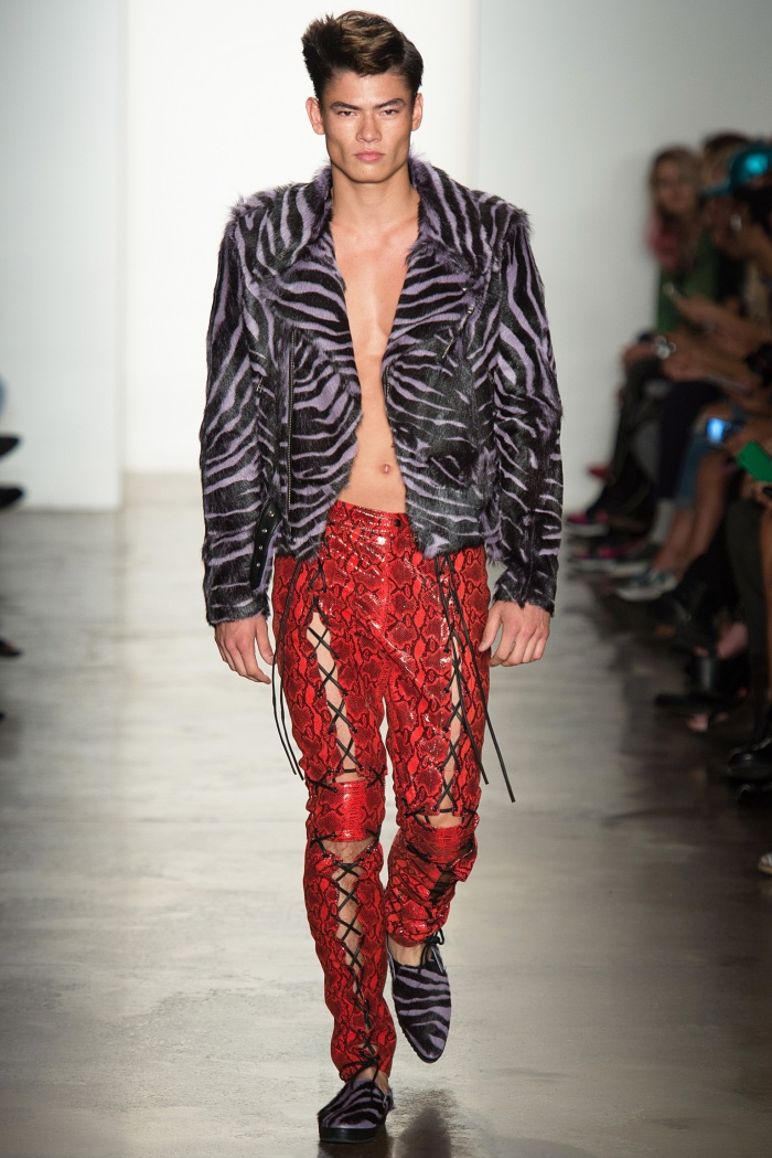 Jeremy Scott SpringSummer 2014 - New York Fashion Week - DerriusPierreCom  (15)