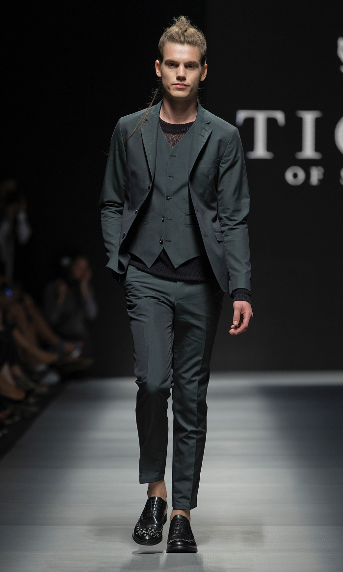 Tiger of Sweden SpringSummer 2014 Collection - Stockholm Fashion Week - DerriusPierreCom (13)